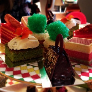 Gorgeous cakes at the Berkeley Prêt-à-Portea