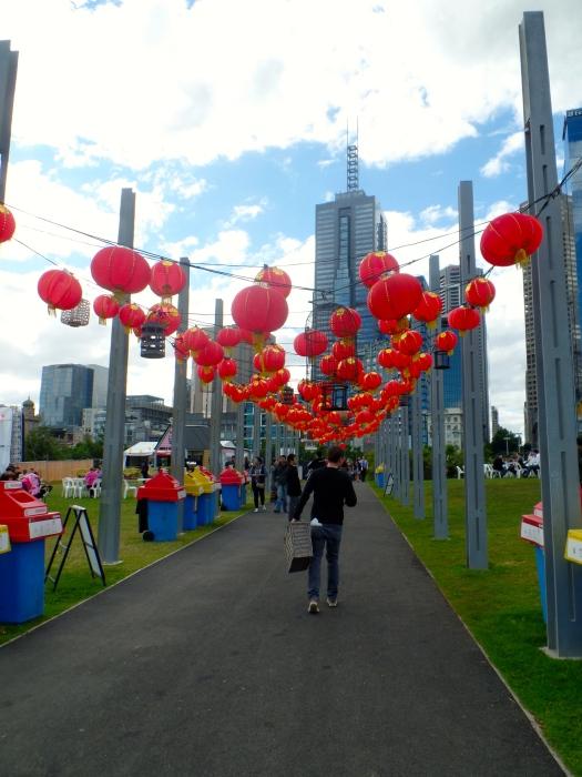 Sauntering through the balloons